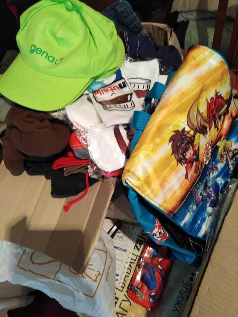 Namirnice, kućna hemija, igračke za porodicu Pavlović 5