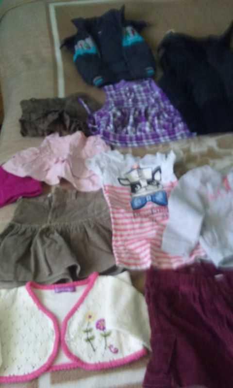 Kolica i odeća za porodicu Makra 7
