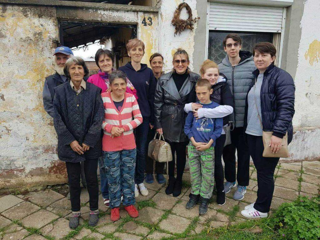 Donacija prehrambrenih proizvoda porodici Kostić 1