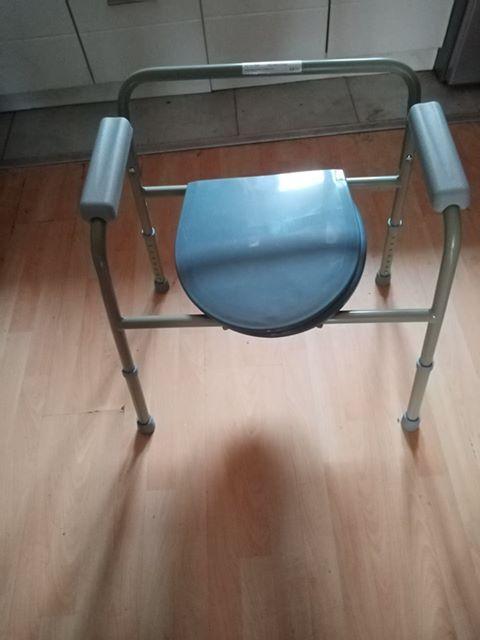 Donacija stolice za kupanje za Branislava Đurić 1