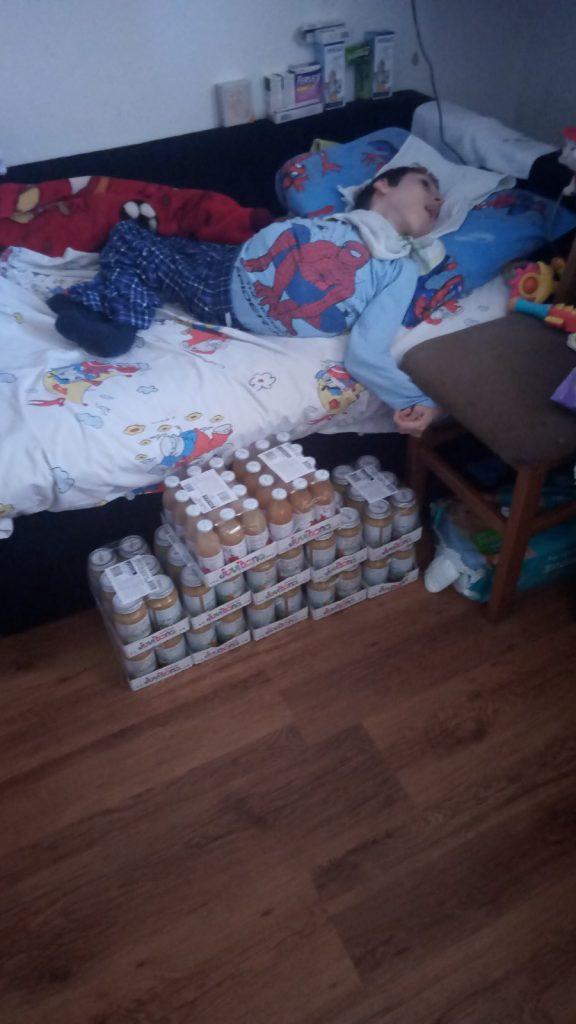 Several monthly supplies of food for Nemanja Apostolović 2