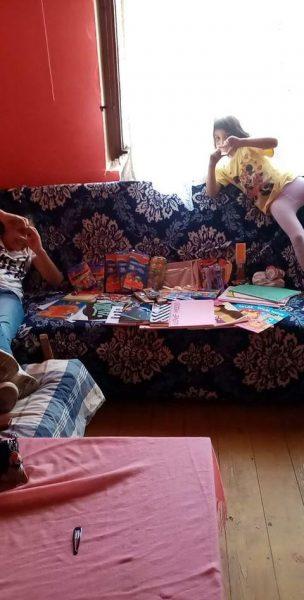 Donacija hrane i škoslkog pribora za porodicu Jovanović 3