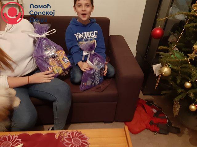 Novogodišnji paketići za našu decu 2