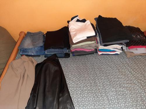 Clothing donation for the Magovac family 2